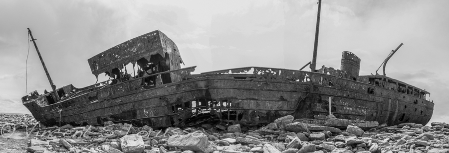 Black and white panoramic of the shipwreck Plassey.